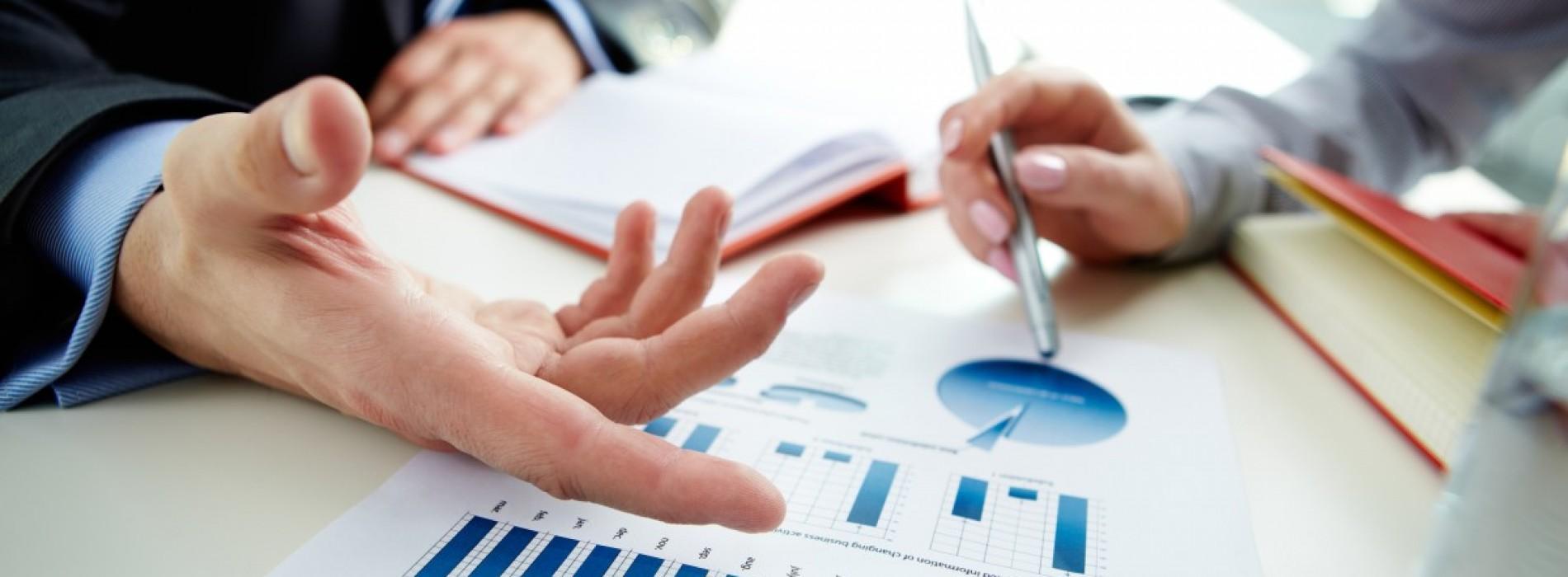 Jak czytać raporty płacowe? Praktyczne wskazówki