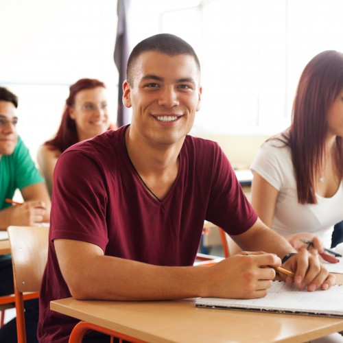 Studenci coraz chętniej podejmują staże