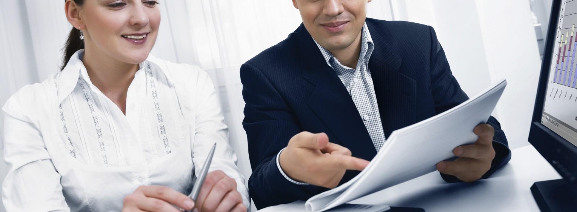 """Własny """"pożyczony"""" biznes, czyli co wybrać zamiast pracy na etacie?"""
