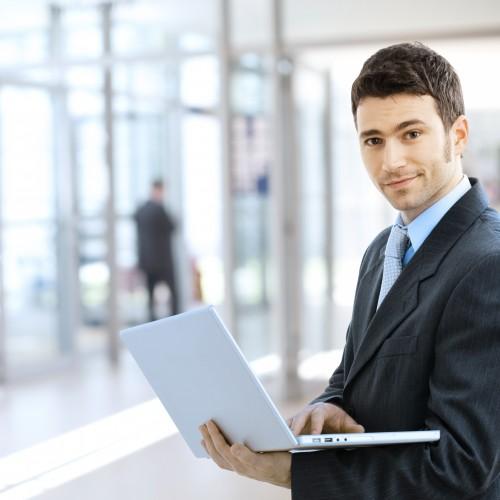 Programiści najbardziej pożądanymi pracownikami na rynku. Ich zarobki idą w górę
