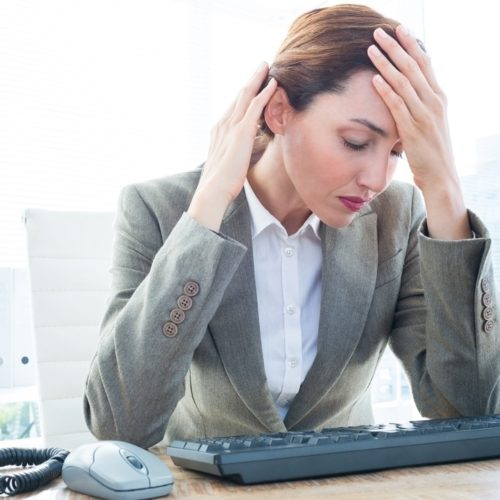 Liczba przepracowanych godzin nie idzie jednak w parze z efektywnością