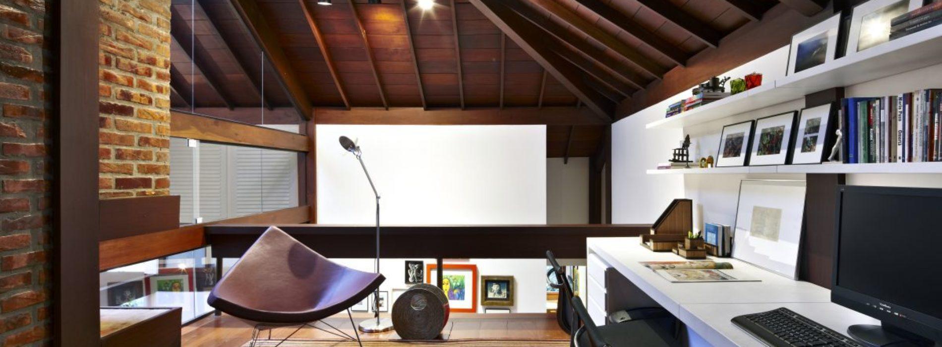Jak stworzyć domowe biuro na poddaszu?