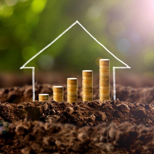 Pożyczki a kredyty, czy warto je porównywać?